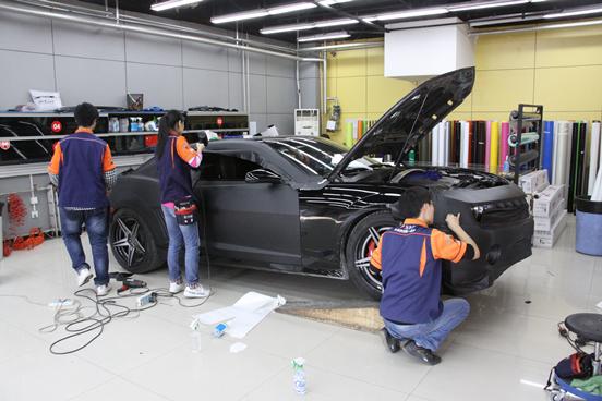 科迈罗全车碳纤黑车身改色案例